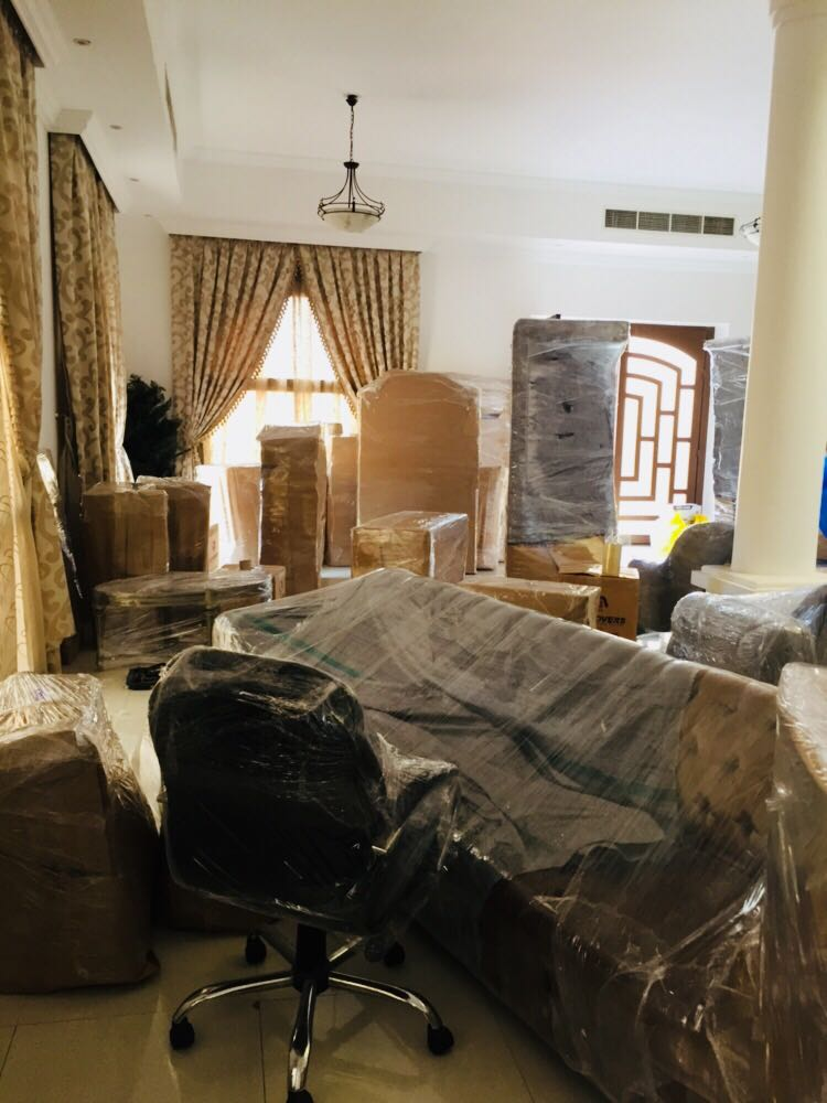 Flat shifting by Safa movers and packers in Ajman.